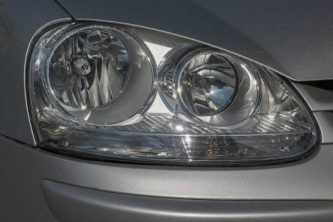 Avto KVEDER - Menjava žarometov