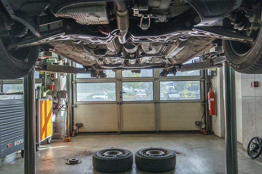 Avto KVEDER - Optika podvozja vozila